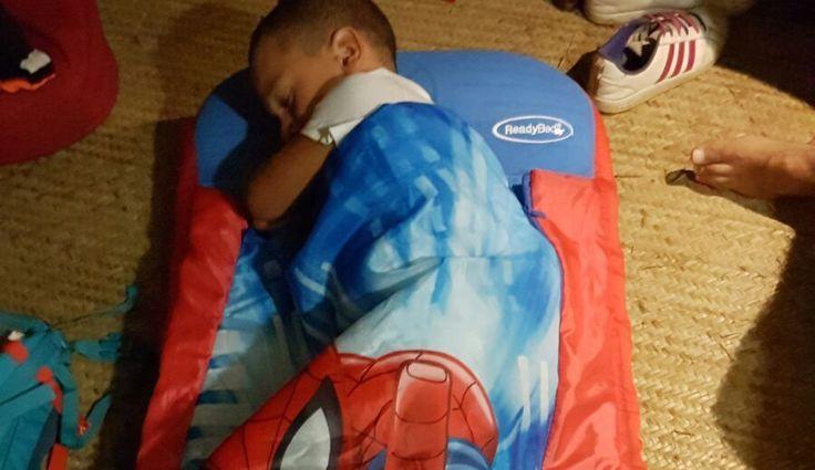 Siete alla ricerca di un letto da viaggio per bambini, gonfiabile, richiudibile, poco ingombrante, da portare anche nel bagaglio in aereo? Ecco il ready bed