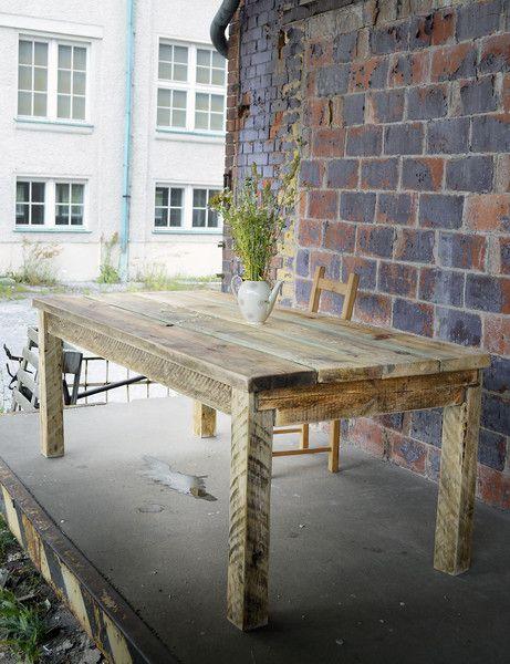 Esstische - Bauholz Tisch im Landhaus-Stil Noah 200x100cm - ein Designerstück von FraaiBerlin bei DaWanda