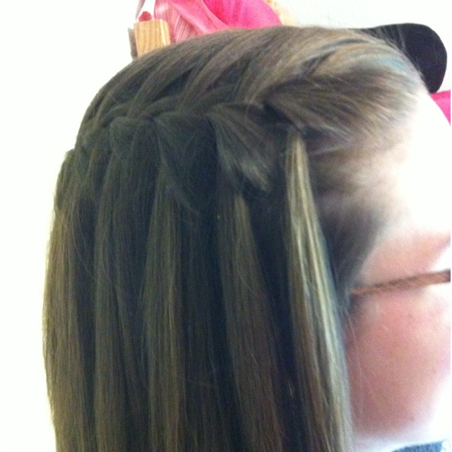 My suite mate's waterfall braid!: Gardens Ideas, Waterfalls Braids, Hair I, Waterf Braids, Beautiful, Waterfall Braids, Mates Waterfalls, Hair Fun, Clothing Hair Styl