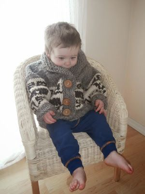 Here it is! have been so excited to share this pattern with you! It is my very first sweater pattern that I designed and drafted after r...