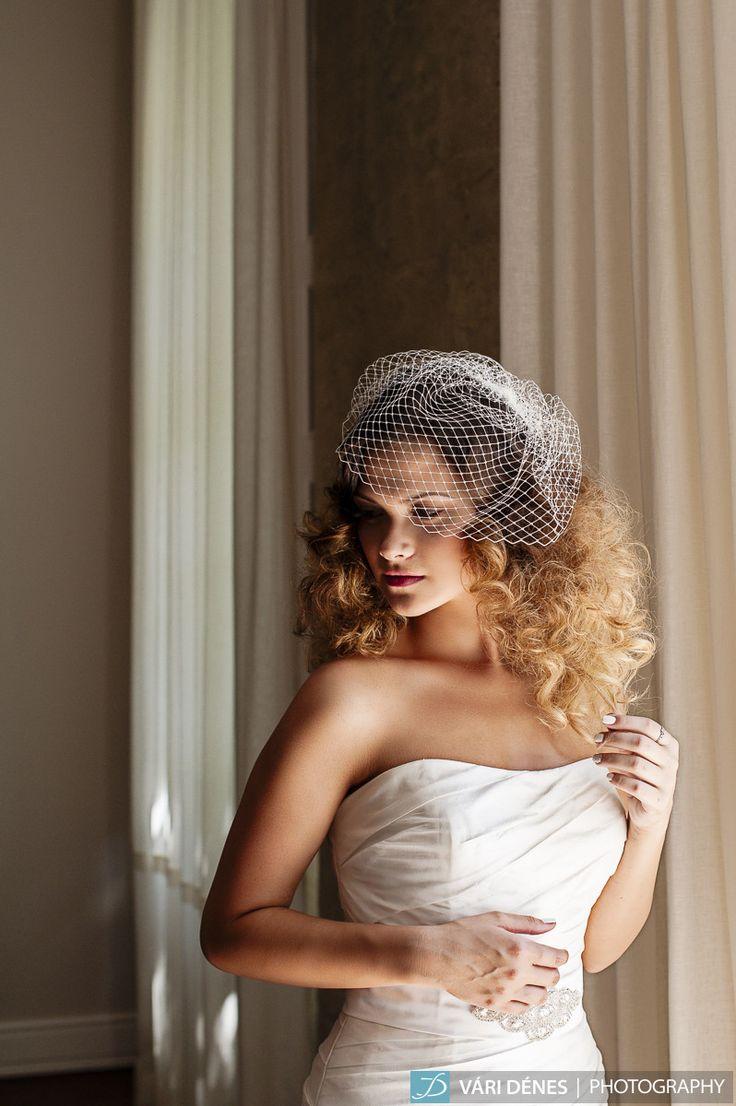 mini birdcage fátyol ami nem csak konttyal hordható! http://bridalmirage.hu