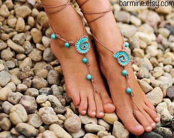 Questi sandali a piedi nudi di stile gladiatore accattivanti sono super caldi! Splendida come un regalo per lei.  Può essere indossati a piedi nudi o con