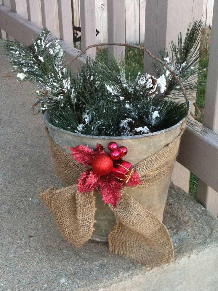 Galvanized bucket fun ideas pinterest for How to decorate a bucket