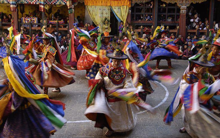 Kingdom of Bhutan: Bhutan Photo, Bhutanes Festivals, Bhutan Festivals, Bhutan Visitor, Travel Thoughts, Travel Destinations, Travel Buckets, Festivals Introduction, Bhutan Introduction