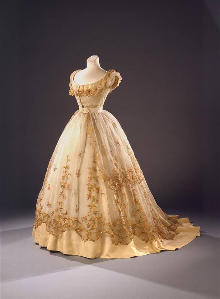 Ball Gown, circa 1865, via Wien Museum.