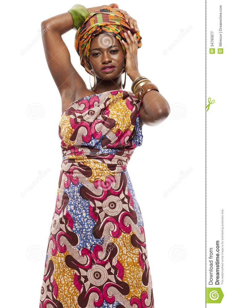 modelo-de-moda-africano-hermoso-en-vestido-tradicional-34795877.jpg (957×1300)