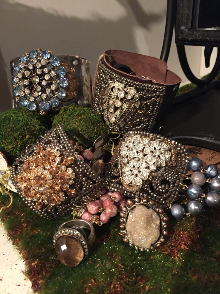 84 best images about shop l 39 abeille on pinterest park for Repurposed vintage jewelry designers