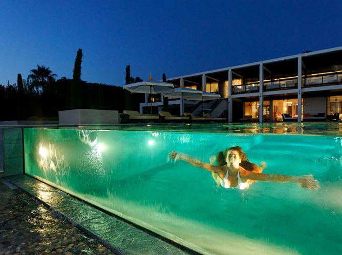 Catégorie piscine de nuit