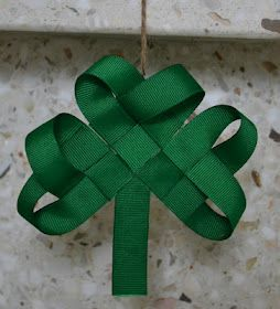 How to weave shamrock from ribbon...so cute!!