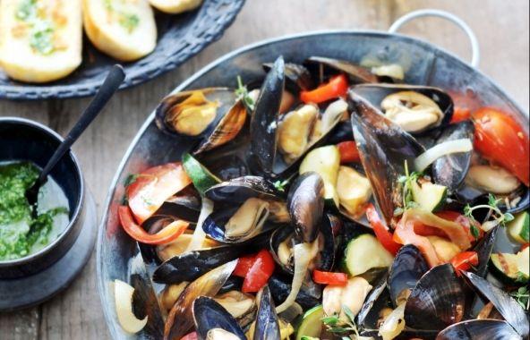 Provençaalse mosselen - Recepten - Mosselen kunnen altijd!