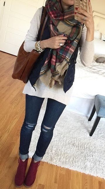 This vest and scarf combo