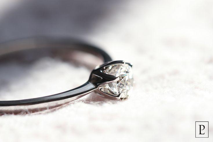 Помолвочное кольцо из платины с бриллиантом – новогодняя мечта Вашей возлюбленной. Успейте заказать его со скидкой 17% к предстоящему празднику. The platinum wedding ring - is the New Year's dream of your sweetheart.  #platinum #PlatinumLab #помолвочноекольцо #кольцо #ring #rings #brilliant #jewellery #newyear #forher #present  #cute #помолвка #кольцодляпредложения #weddingring