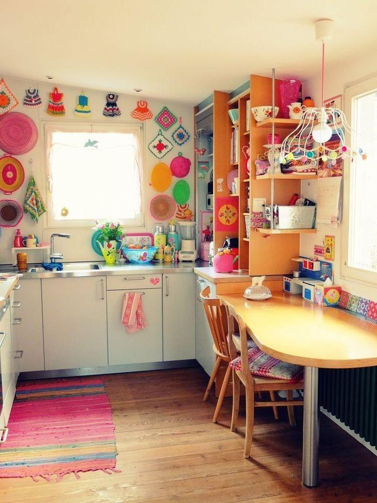 60 boho chic interior kitchen designs and decor ideas bohemian style ideas 27 home decor on boho chic decor living room bohemian kitchen id=18758