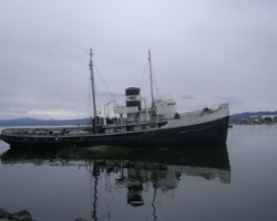 The Saint Christopher was a ship that participated in the task of refloating the Monte Cervantes ship. After some paperwork problems was stranded in the Bay of Ushuaia (Beagle Channel)