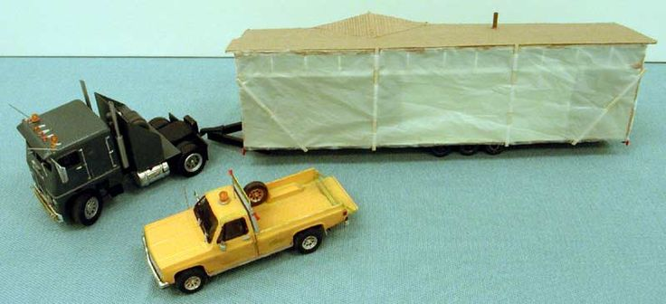 1/25 model | mobile home and trucks