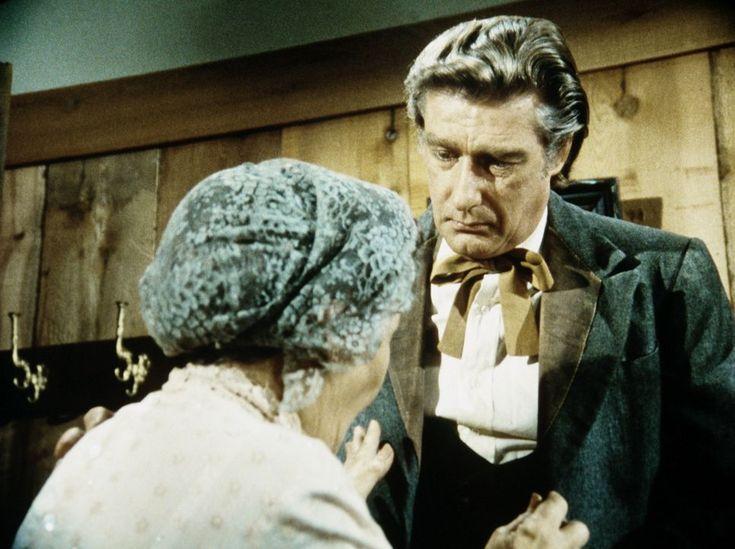 Granville Whipple (Richard Mulligan, r.) muss seiner Mutter (Queenie Smith, ...