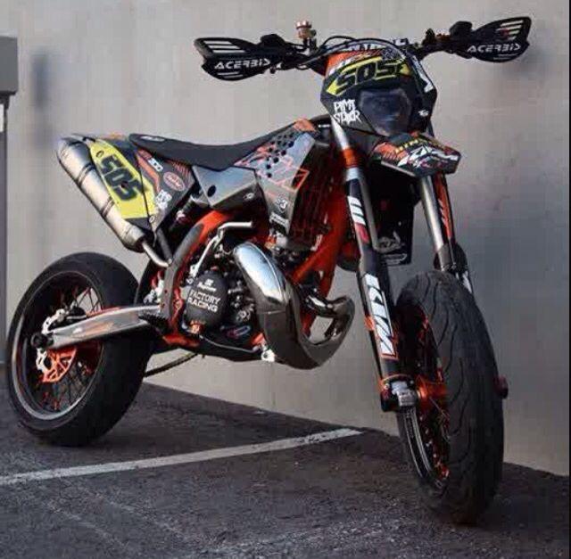 ktm 300 2 stroke supermotard motorcycles pinterest nice and ktm 300. Black Bedroom Furniture Sets. Home Design Ideas