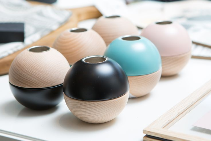 Moebe is a Scandinavian designer brand based in Copenhagen, founded by Anders Thams & Martin D. Christensen. They are designer and producer of home décor items well established in Australia.