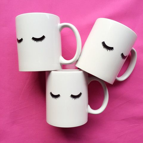 We know you beauty babes NEED your coffee and now you have a cute lash mug to…