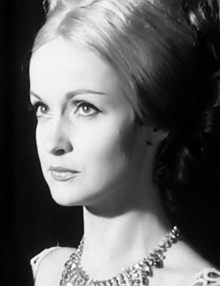 Danièle Lebrun - 24 juillet 1937