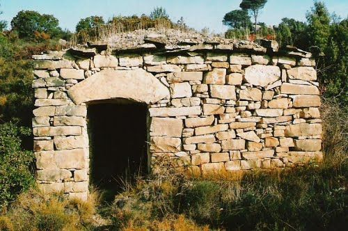 Barraca de pedra seca http://www.panoramio.com/photo/93317519