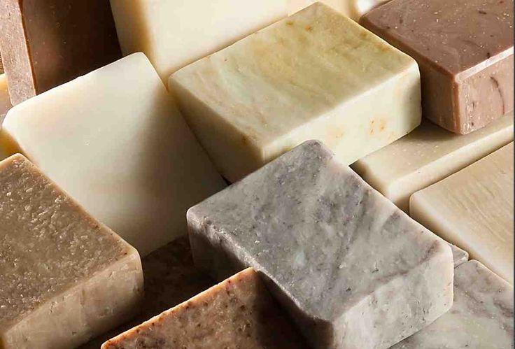 Natuurlijke handgemaakte zeep op basis van bio olijfolie kopen