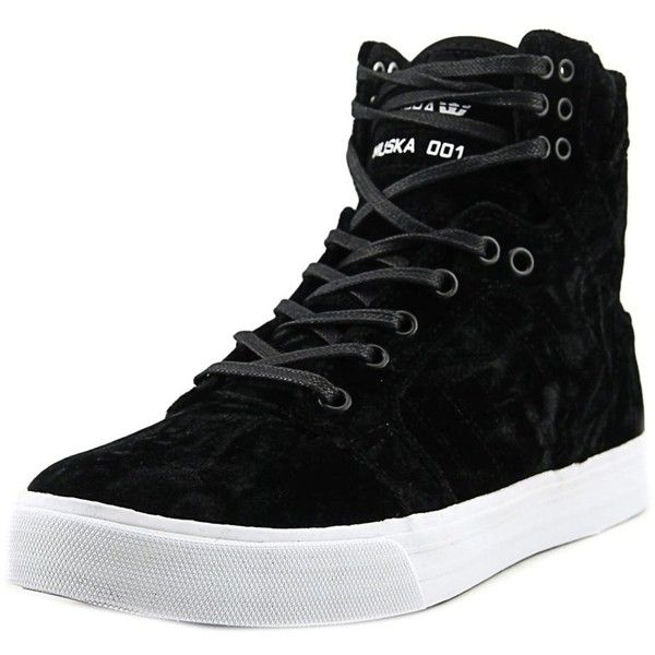 Supra Skytop Women Round Toe Canvas Black Skate Shoe (197.165 COP) ❤ liked on Polyvore featuring shoes, sneakers, black, supra trainers, supra sneakers, black trainers, grip trainer and black skate shoes