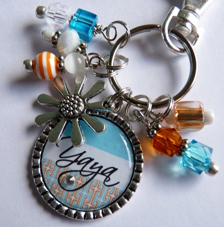 YaYa Personalized Bottle Cap Keychain