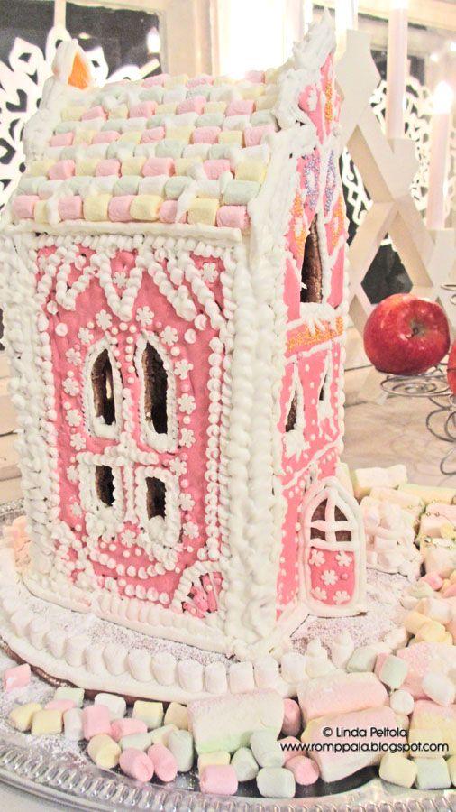 My pastel pink gingerbread house for Christmas 2015 Romppala - kotoilua ja puutarhanhoitoa: Joulukeittiössä tuoksuu...