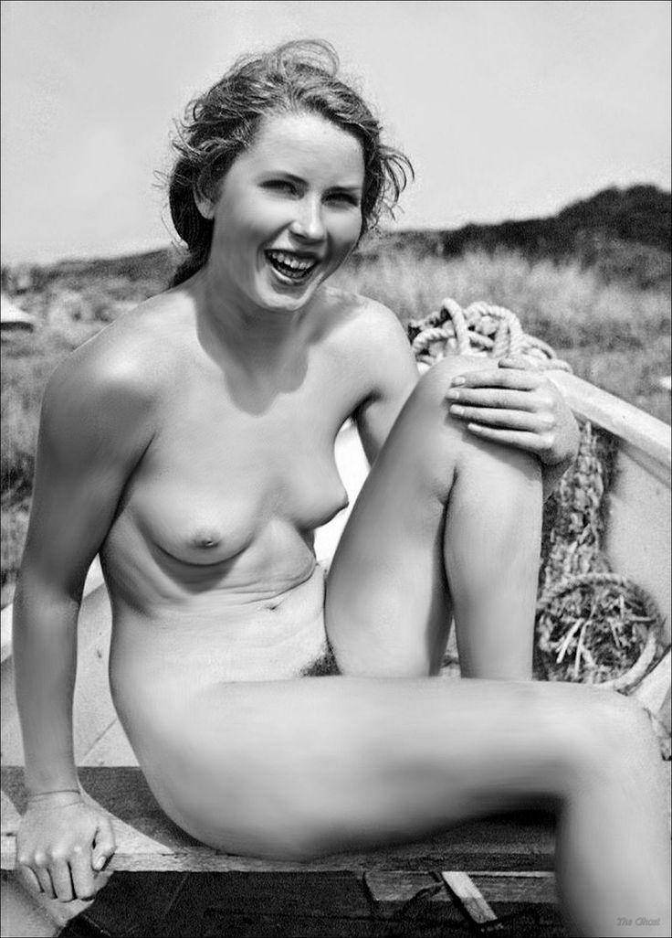 Beautiful naked women 1950s