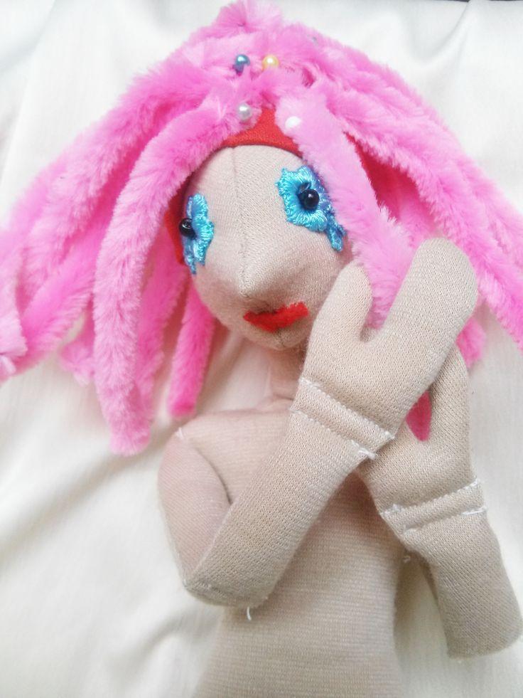 DIY haj - rózsaszín zsenília 1 feltuzve