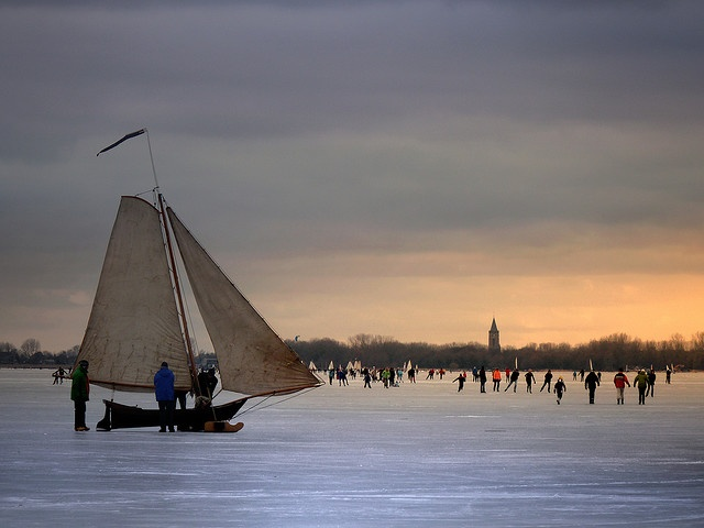 ice sailing...Monnickendam in the winter 2010