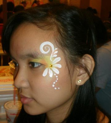 Imgs For > Simple Flower Face Painting Designs | Face ...