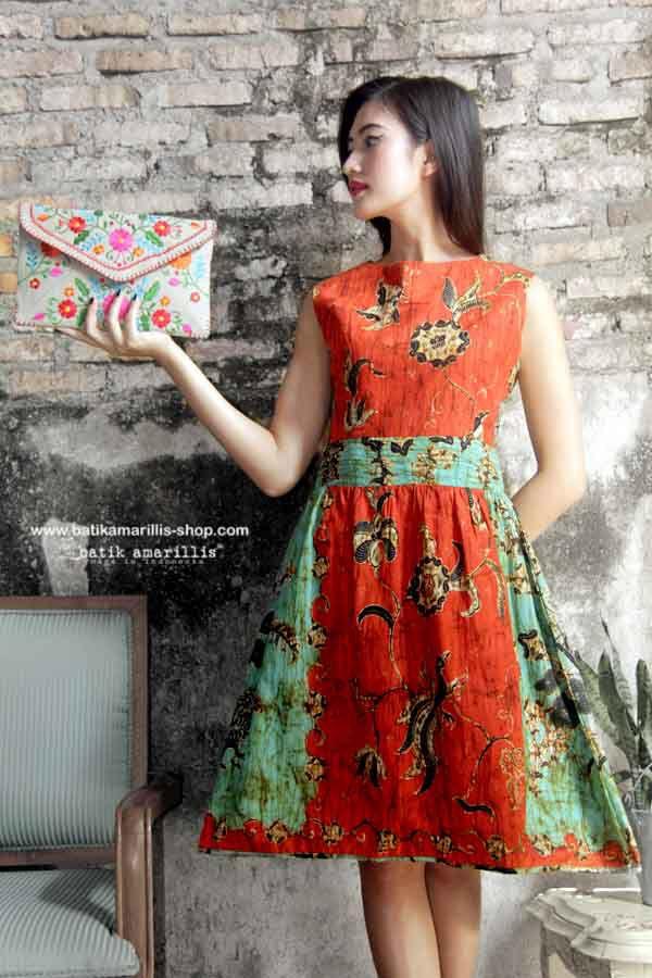 Batik Amarillis's Jolie dress http://batikamarillis-shop.com