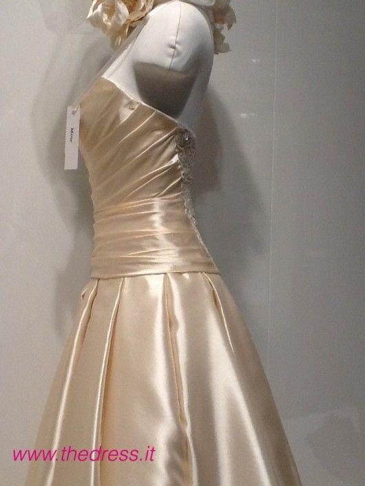 Mirto - Exclusive thedress.it http://www.thedress.it/4982/esclusiva-la-sposa-carlo-pignatelli-couture-2013-dal-vivo/