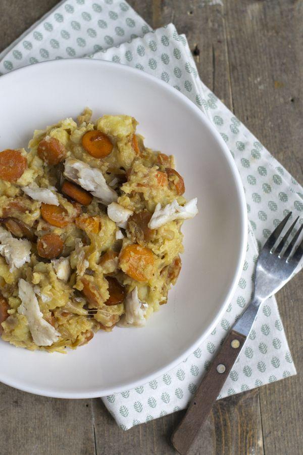 Vandaag deel ik een recept voor de Hollandse pot. Wortel en uien, oftewel hutspot. En deze variant is nét even lekkerder dan je gewend bent. Ik kan zo genieten van de herfst/winter. Wat eten betreft is dit voor mij eigenlijk de lekkerste tijd van het jaar. Ik ben gek op warme gerechten en kan geen... LEES MEER...