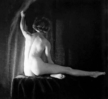 Σπουδή γυμνού, η Μόνα Πάεβα (1927)  Μουσείο Μπενάκη