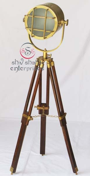Antique Nautical SearchLight  Item Code : N24-6549   Finishing : Brown Antique   Material : Aluminium & Timber Wood   Dimension : Full open height -80cm