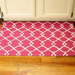 Create a rug of any size using a vinyl floor remnant as a base. Download pattern to copy.