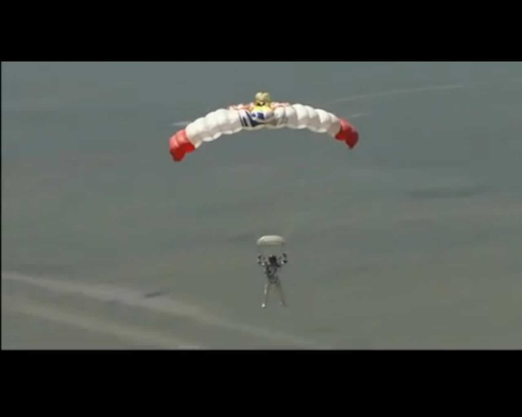 Descenso @redbullstratos #felibaumgartner