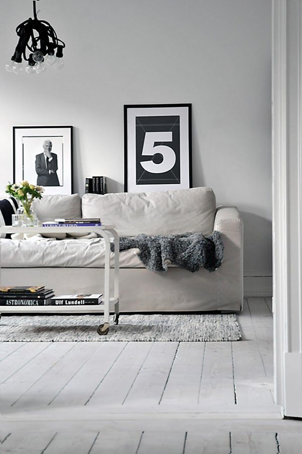 The Design Chaser: Black & White Prints | Friday Favourites
