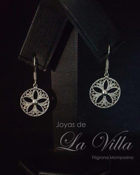 Aretes de círculos con flor interna. Filigrana Momposina Plata Ley 950