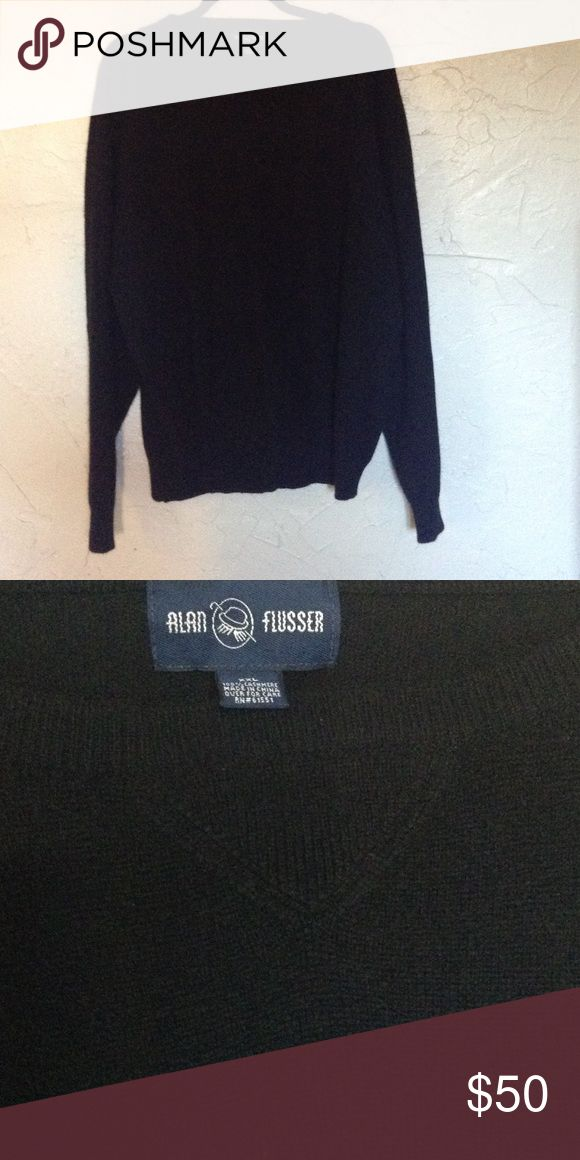 Men's cashmere sweater Black 100% cashmere pullover sweater. Like new  don't think it was ever worn. Alan Flusser Sweaters Crewneck