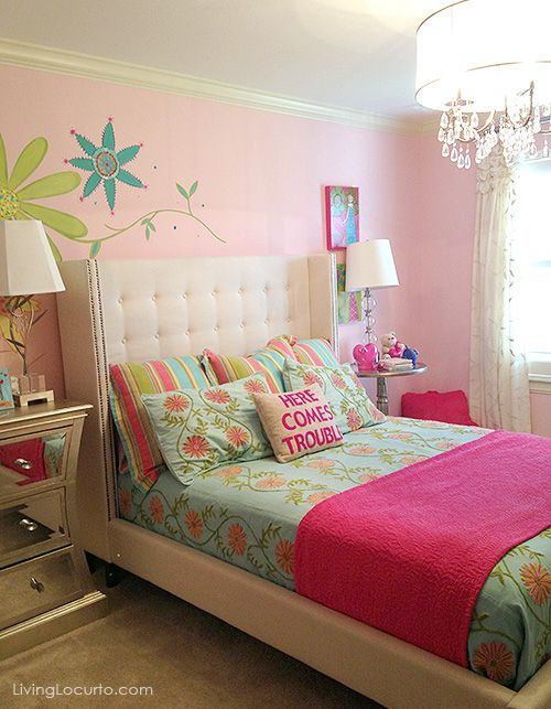 Love this girl's room! Get great decorating ideas from this gorgeous home. LivingLocurto.com