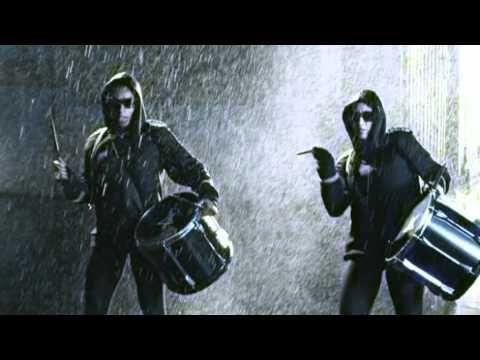 Tinchy Stryder  (UK/Ghana) ft Melanie Fiona (ROC NATION) - Let It Rain (Island Records)