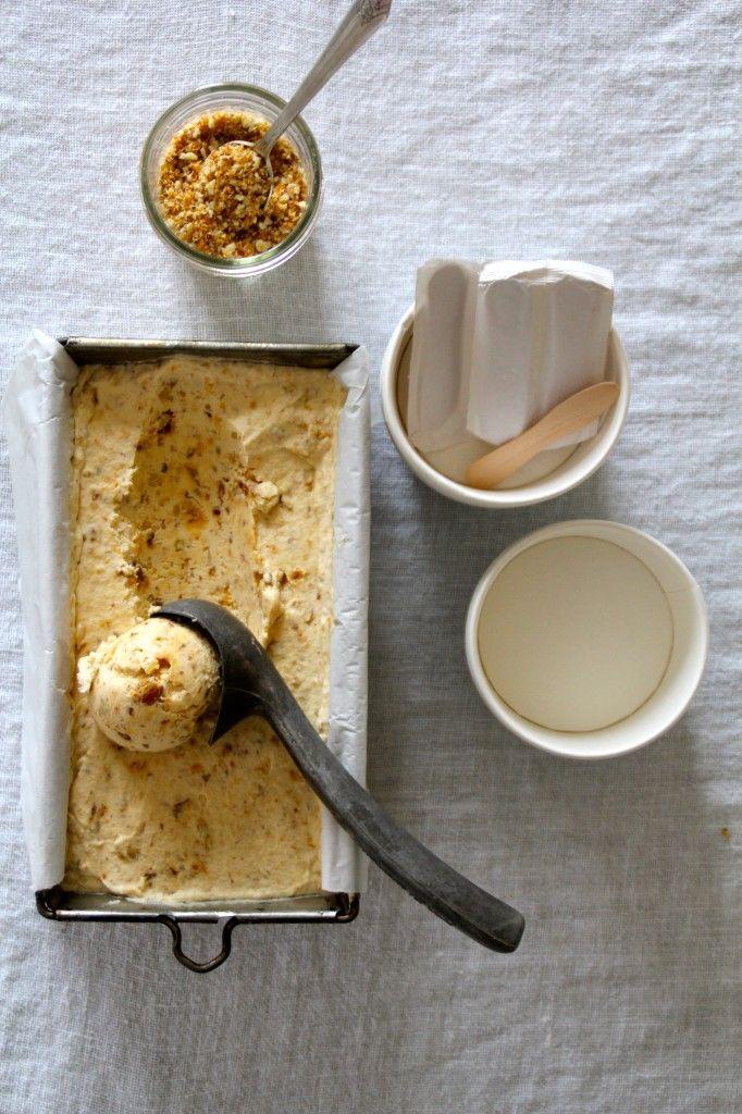 Krokanis – uten iskremmaskin (og egg) / ice cream with candied almonds