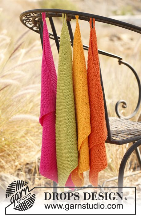 Nostalgic but also very practical! Knitted towels in different textured patterns by #dropsdesign Free pattern online #knitting
