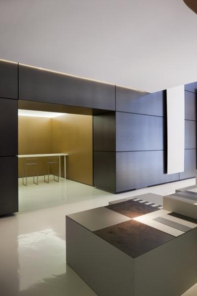 2012 Laminam Show-room MIlano via Mercato,3