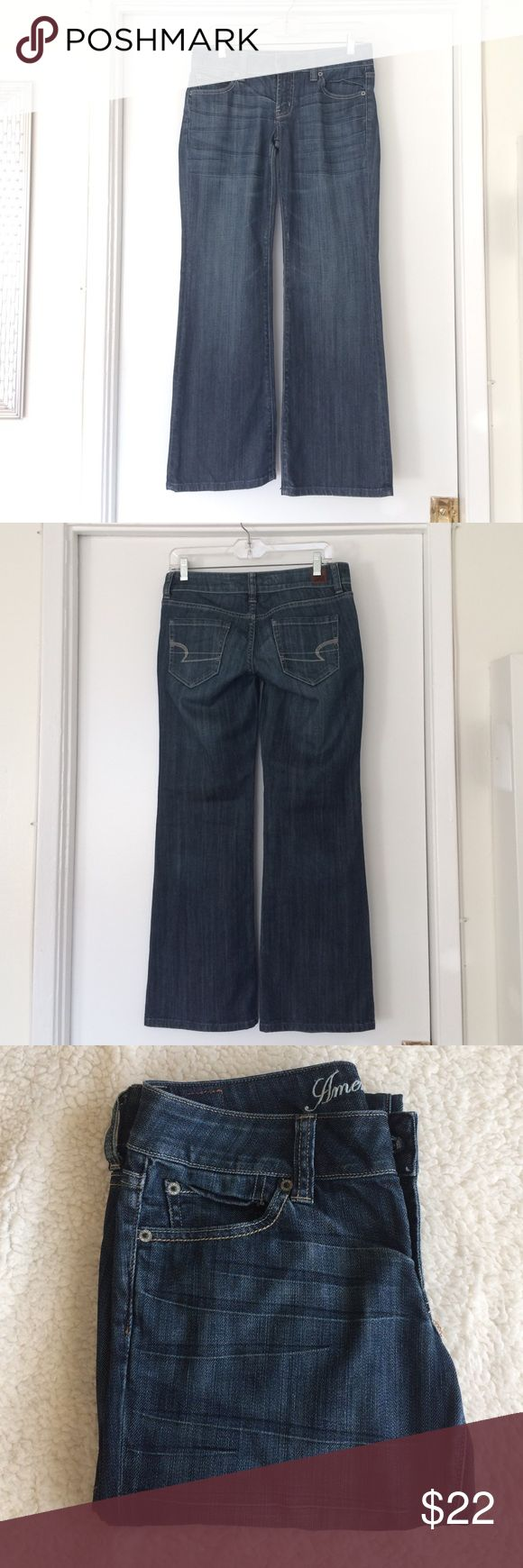 """American Eagle Outfitters Favorite Boyfriend Jeans American Eagle Outfitters Favorite Boyfriend Jeans with a wide trouser leg. This American Eagle jeans is considered """"short"""" instead of """"regular"""". Perfect for short girls. Only worn a few times. Open to trades & offers! American Eagle Outfitters Jeans Boyfriend"""