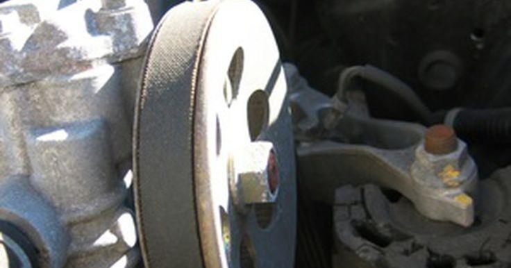 Como trocar a correia de um Ford Escort 1999. O Ford Escort 1999 usa uma única correia do tipo Poly-V, que alimenta os acessórios do carro, como a bomba da direção hidráulica, o alternador e o ar condicionado. A correia pode enfraquecer ao longo do tempo, devido a rachaduras, seções desfiadas ou separação. Se a correia for danificada, os acessórios ligados a ela podem não funcionar ...
